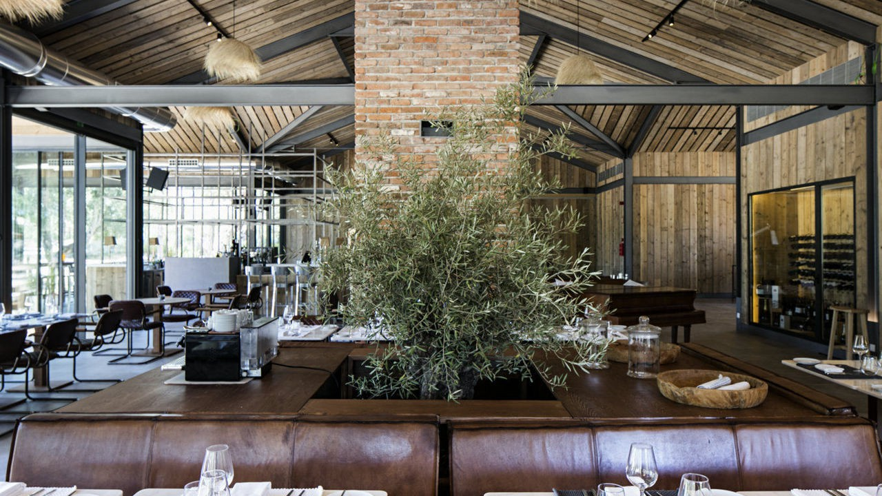 sublime-comporta-country-house-retreat-gallerysublime-comporta-restaurant-4.jpg
